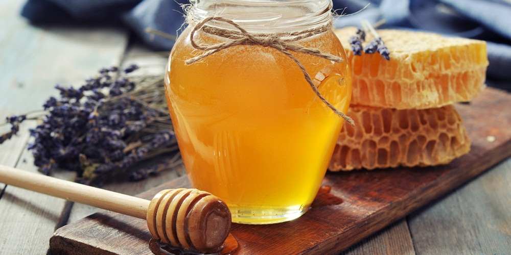 Ayurvedic Reasons Why Honey is Great For Your Health