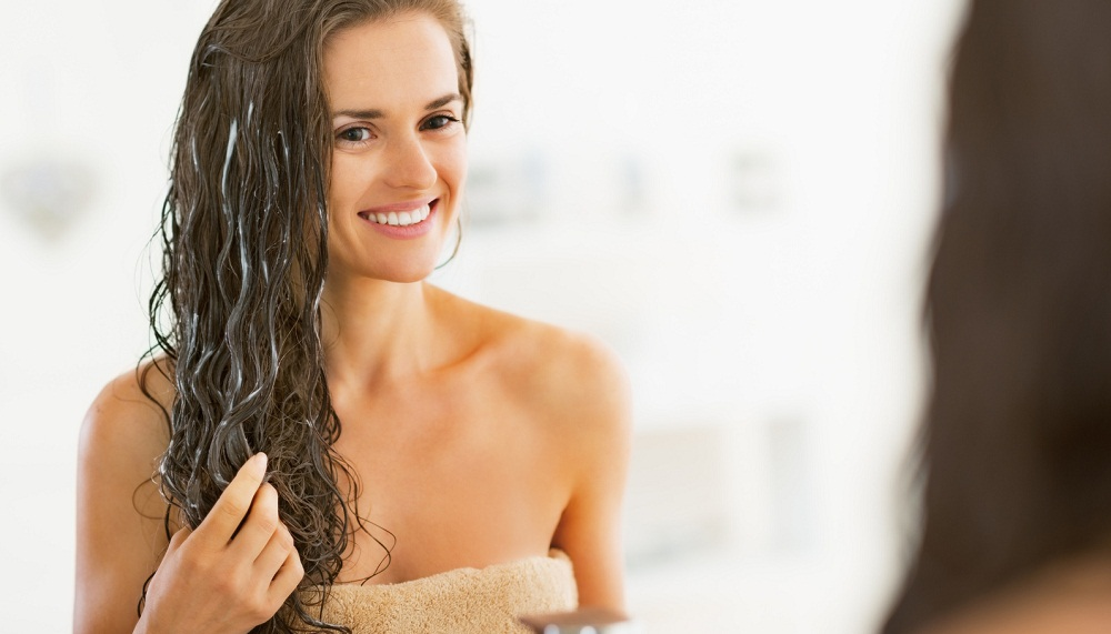 It's-Time-That-You-Change-Your-Shampoo with sulfate free shampoo