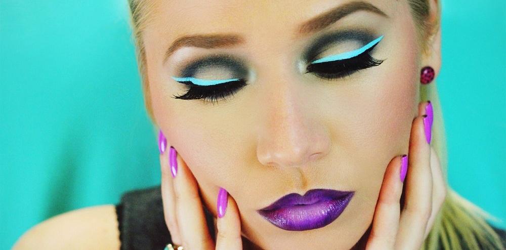 neon-matte-lips