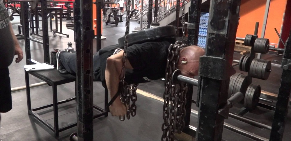 suspended-chain-push-ups