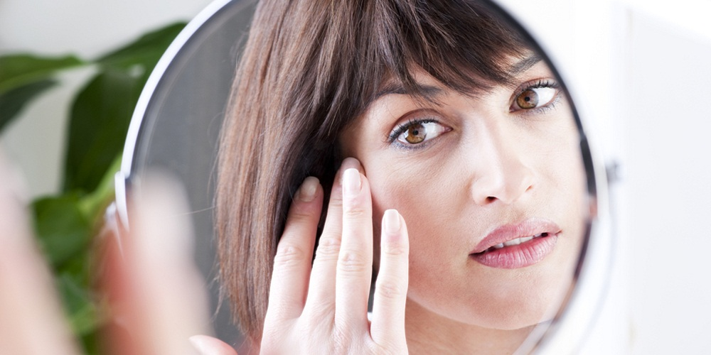 skincare-routine-for-women-over-40