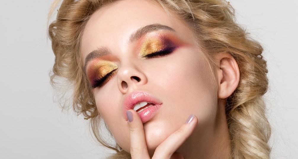 Gold-Eye-Makeup