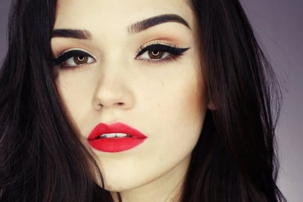 Valentine's Date Night Makeup Tips