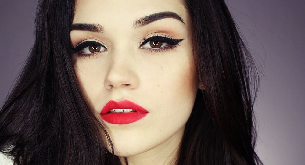 Valentine's Date Night Makeup Tips