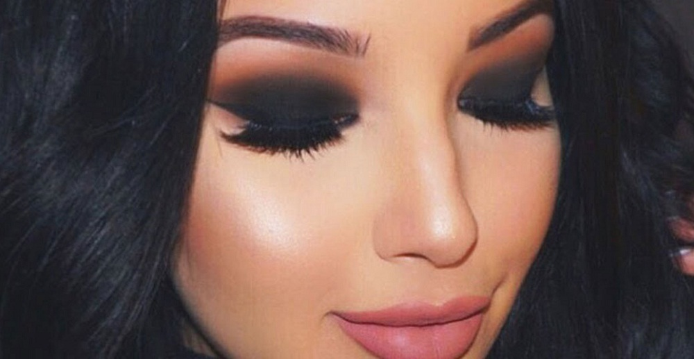 smokey eye makeup for Valentines day makeup 2017