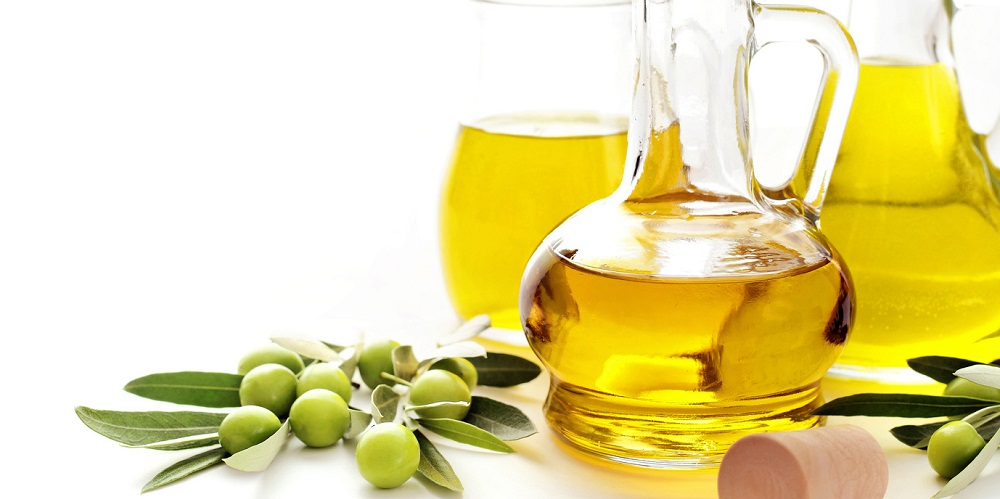How To Moisturize Natural Hair With Olive Oil