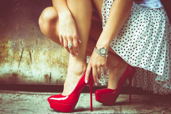 Why Women Should Wear Heels