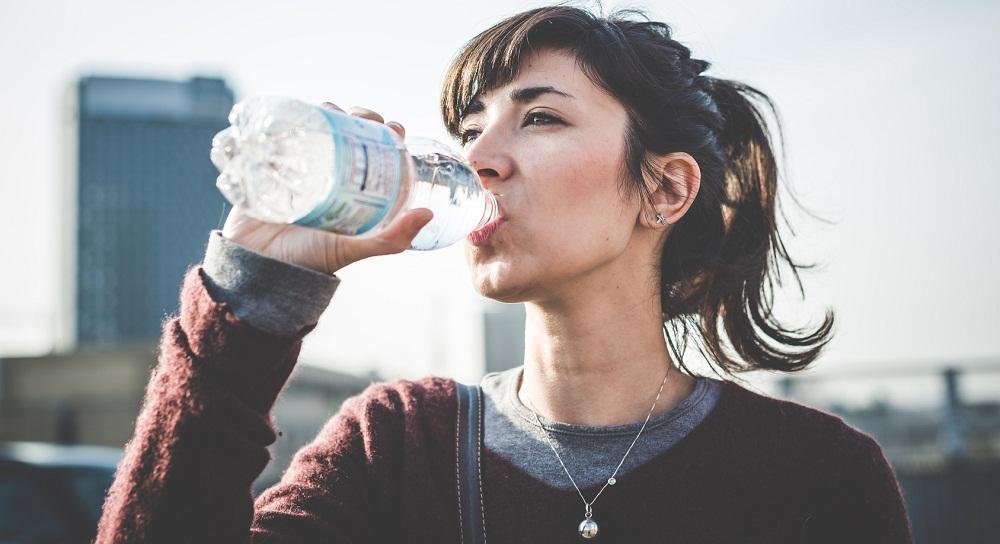 drinking-water-for-beautiful-skin