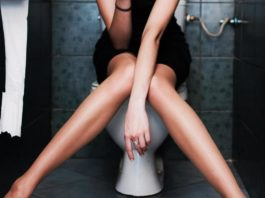 Advantages of a Raised Toilet Seat after Undergoing Hip Replacement Surgery